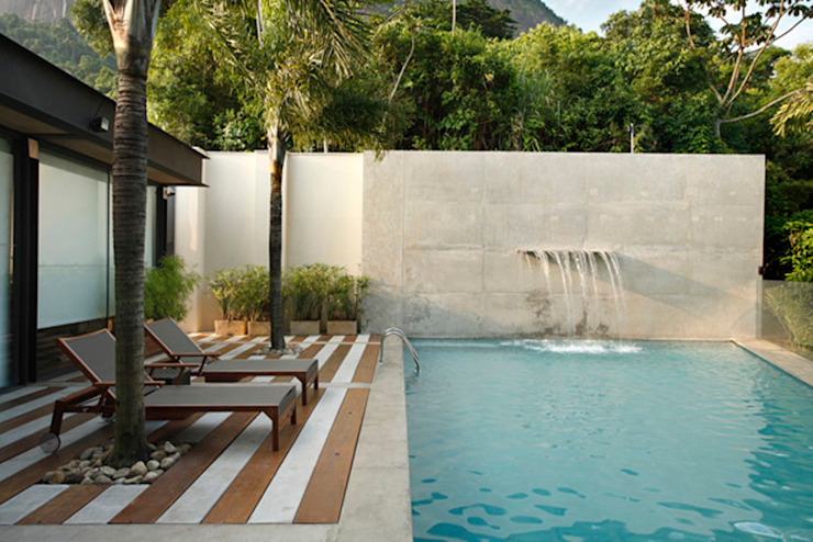 Cerejeira Agência de Arquitetura Modern style balcony, porch & terrace
