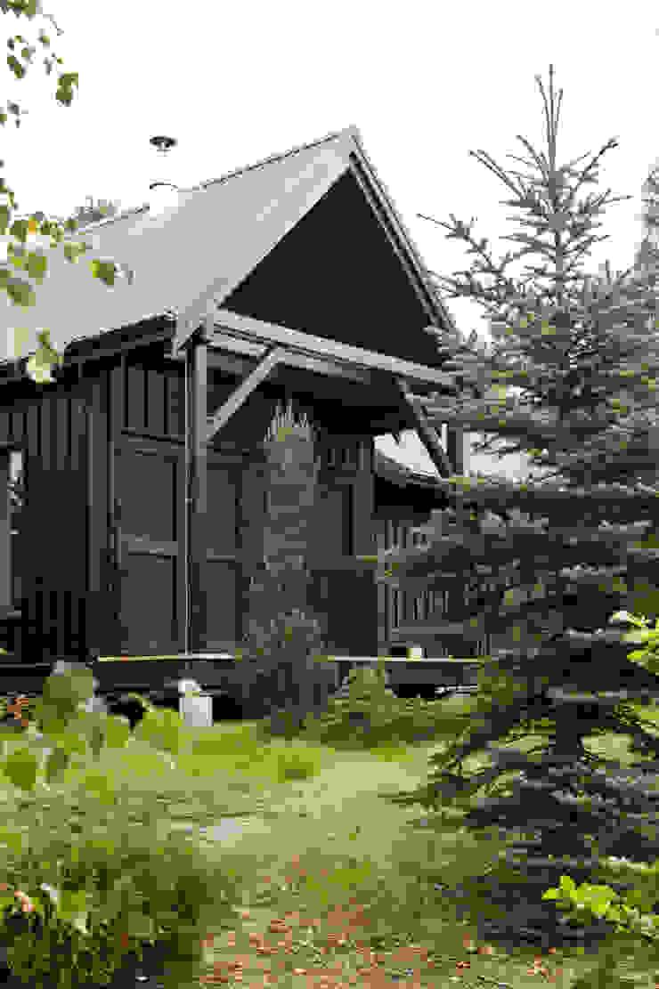 Widok z zachodu, elewacja południowo-zachodnia Skandynawskie domy od Magdalena Zawada Skandynawski