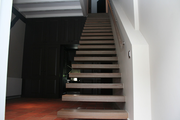 minimalist  by Allstairs Trappenshowroom, Minimalist