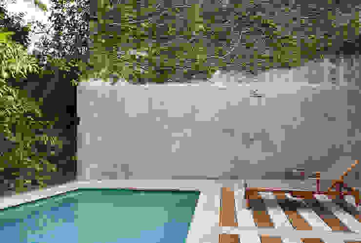 Cerejeira Agência de Arquitetura Moderner Balkon, Veranda & Terrasse