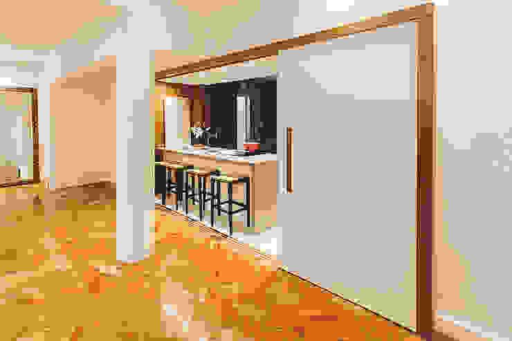 Apartamento Getúlio das Neves Cozinhas modernas por Cerejeira Agência de Arquitetura Moderno