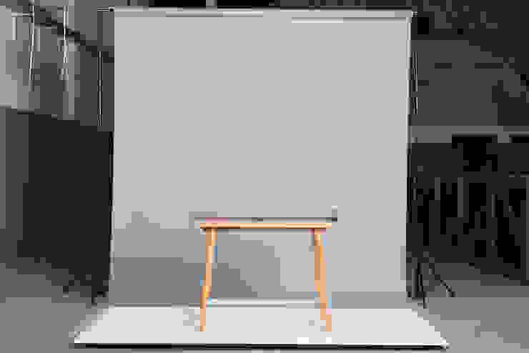 Consola de DUCO Laboratorio de Diseño Escandinavo