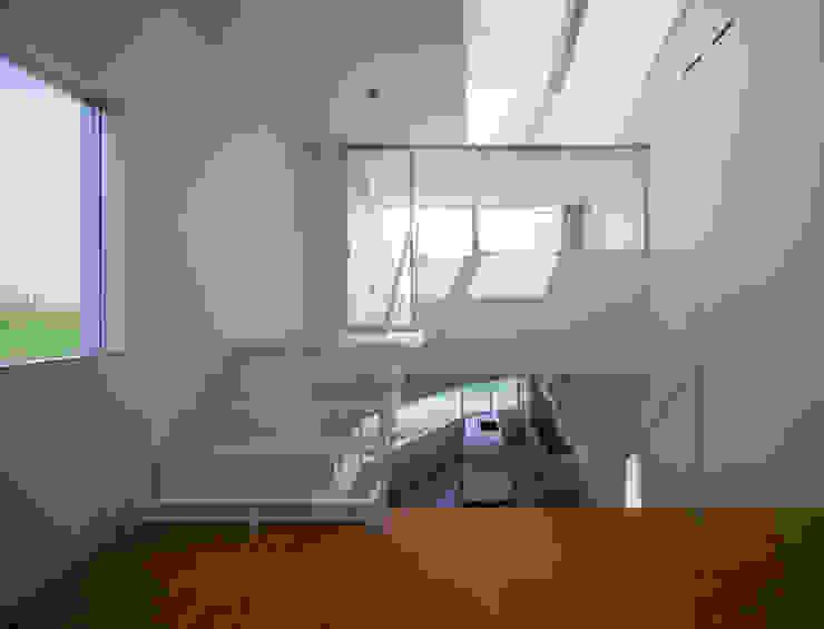 ロフトリビング モダンスタイルの 玄関&廊下&階段 の 一級建築士事務所シンクスタジオ モダン