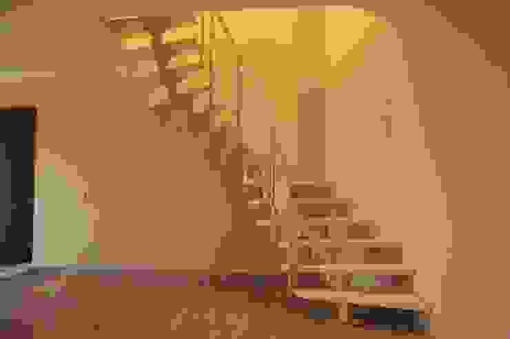 Visal Merdiven – Omurgalı Modüler Merdiven - İstanbul: modern tarz , Modern