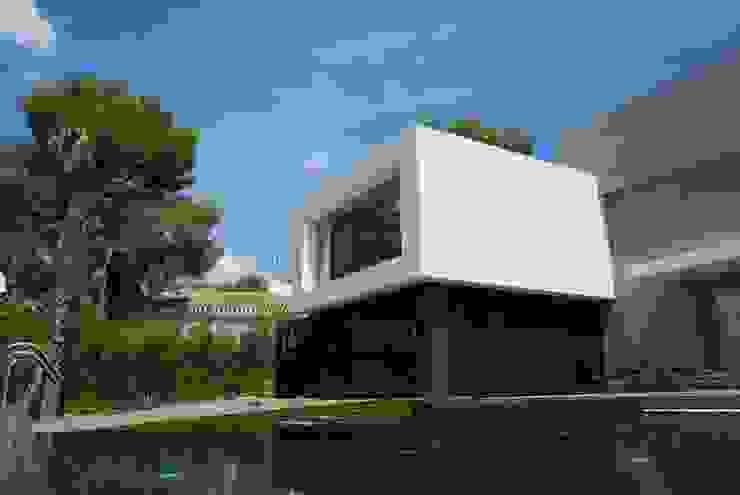 Vista exterior 4 Casas de estilo moderno de Duart-Vila Arquitectes S.L.P. Moderno