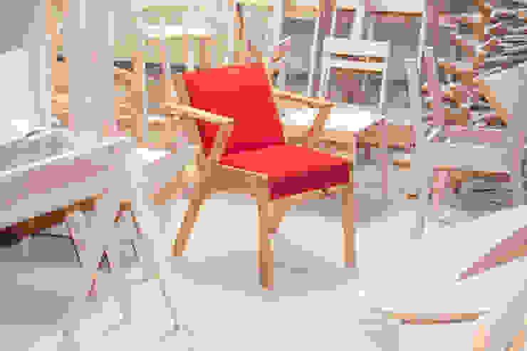 Silla Valencia de BLVD / Boulevard Furniture Moderno