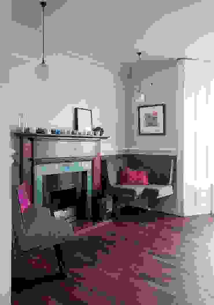Coastal Townhouse Jude Burrows Interior Design Living roomFireplaces & accessories
