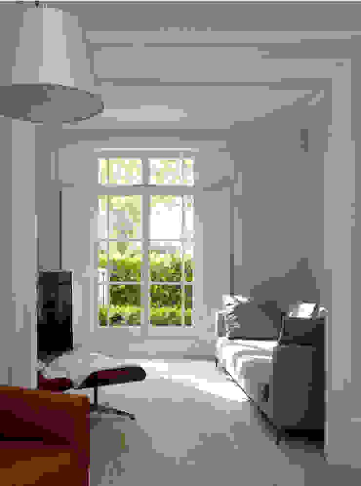 Living Room Salas de estilo minimalista de Gullaksen Architects Minimalista