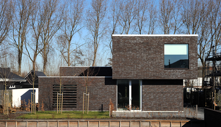 House TE Maisons modernes par CONIX RDBM Architects Moderne
