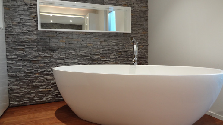 Lallerdesign BathroomBathtubs & showers