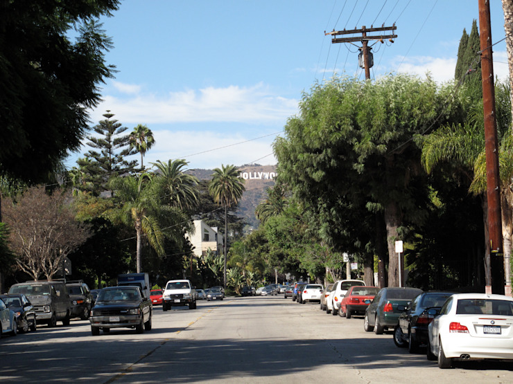 under the hollywood sign Maisons modernes par Studio Pan Moderne