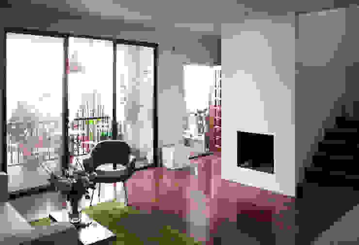Salas de estar modernas por Studio Pan Moderno