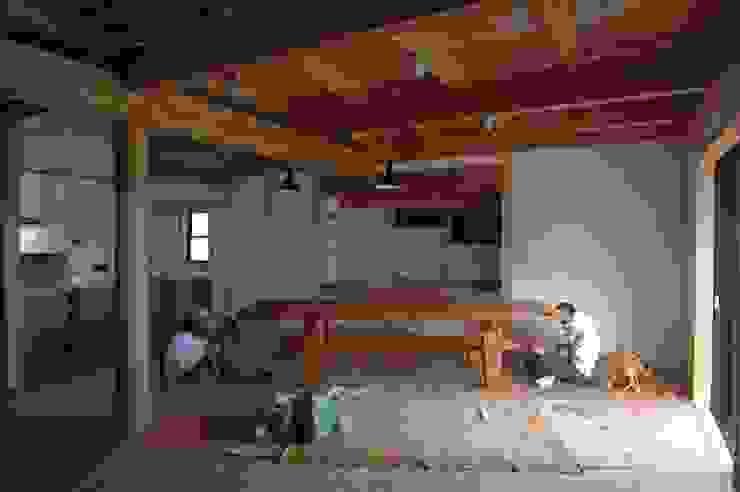 家具の搬入/組み立て 和風デザインの ダイニング の 中村茂史一級建築士事務所 和風