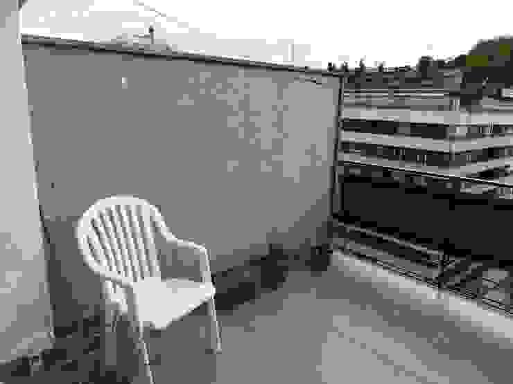 TERRAZA ANTES DE REFORMAR. Balcones y terrazas de estilo clásico de ERRASTI Clásico