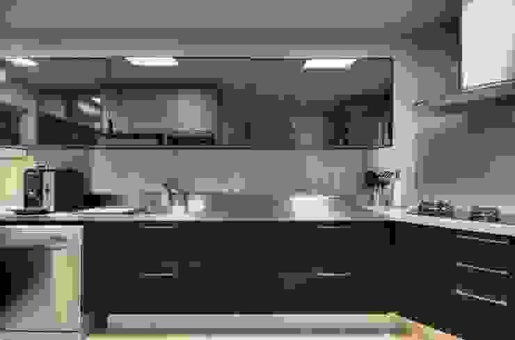Cozinha Cozinhas modernas por LamegoMancini Arquitetura Moderno