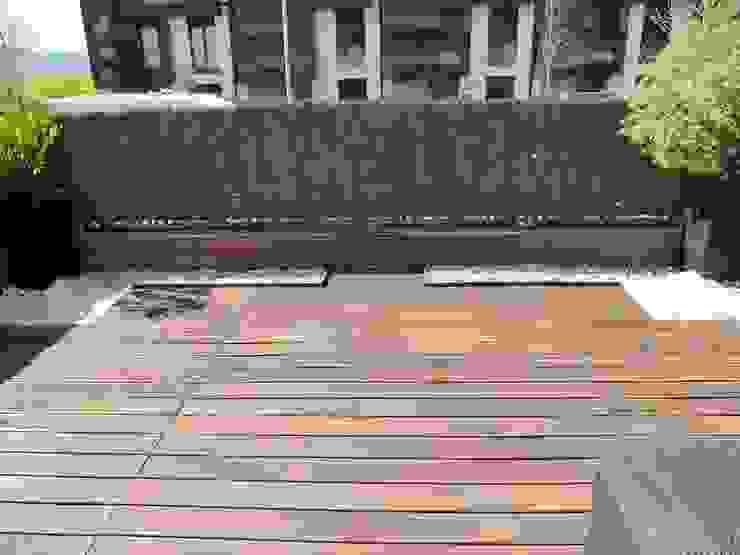 Modern Terrace by ERRASTI Modern