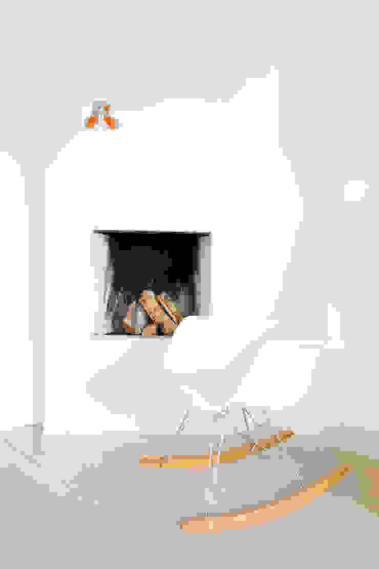 Woonhuis Laren Moderne woonkamers van ontwerpplek, interieurarchitectuur Modern