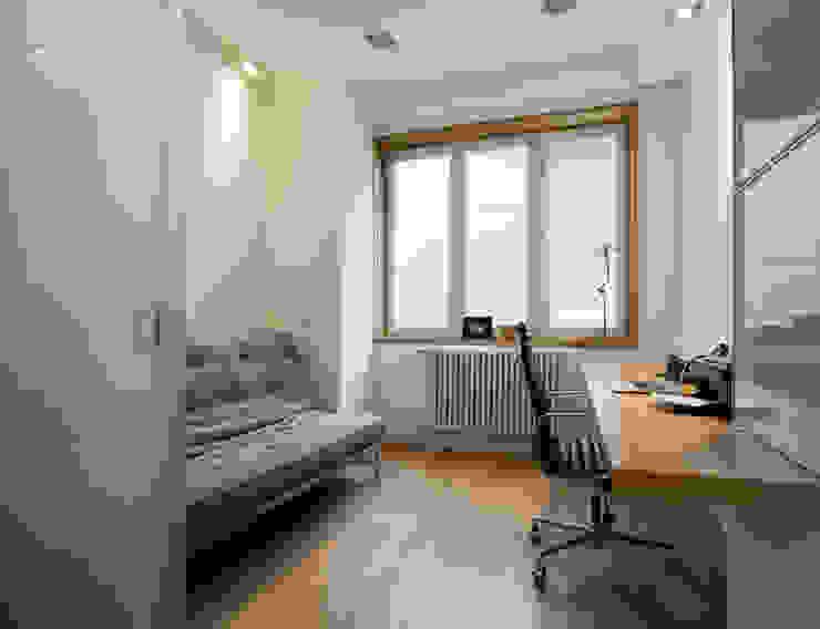 Moderne Arbeitszimmer von COOLDESIGN Modern