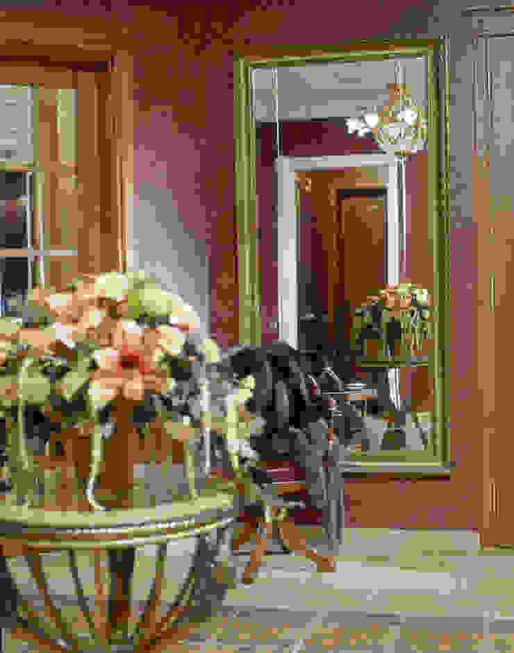 ул. Маршала Тимошенко Коридор, прихожая и лестница в классическом стиле от Prosperity Классический