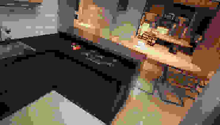 LIVING 06 Salas de estar modernas por CASA DE PROJETOS Moderno