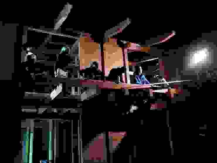 棟上げ風景5 日本家屋・アジアの家 の 中村茂史一級建築士事務所 和風
