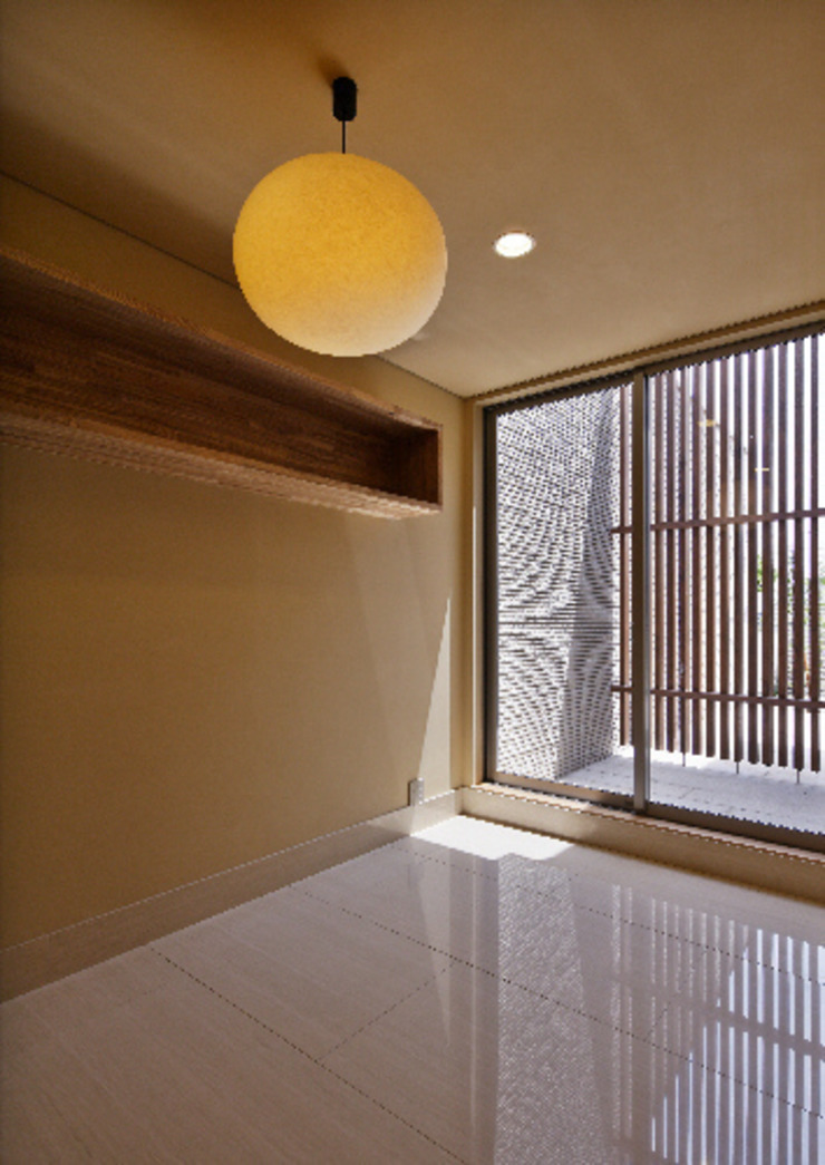 姫路市T邸 モダンデザインの 多目的室 の 空間工房 用舎行蔵 一級建築士事務所 モダン