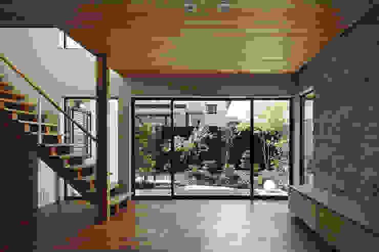 京都市Tn邸 和風デザインの リビング の 空間工房 用舎行蔵 一級建築士事務所 和風