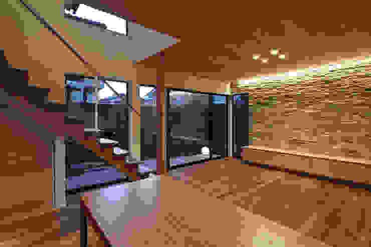 京都市Tn邸 モダンデザインの リビング の 空間工房 用舎行蔵 一級建築士事務所 モダン