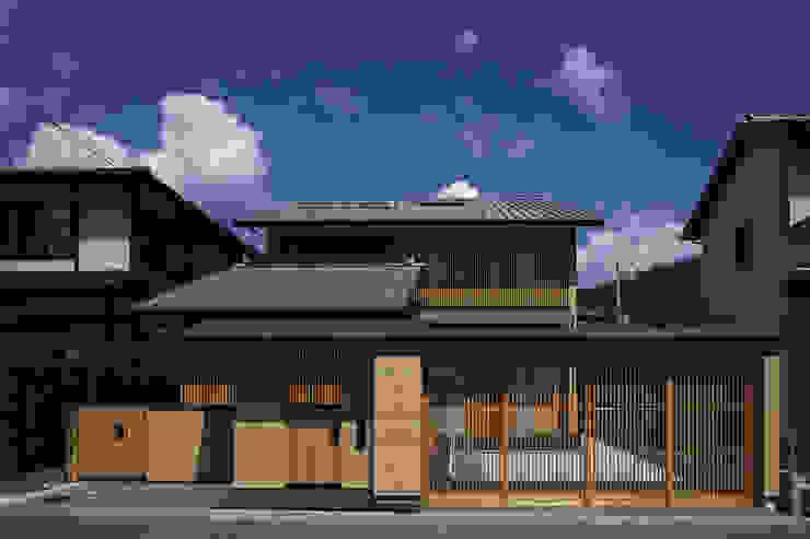 Houses by 空間工房 用舎行蔵 一級建築士事務所