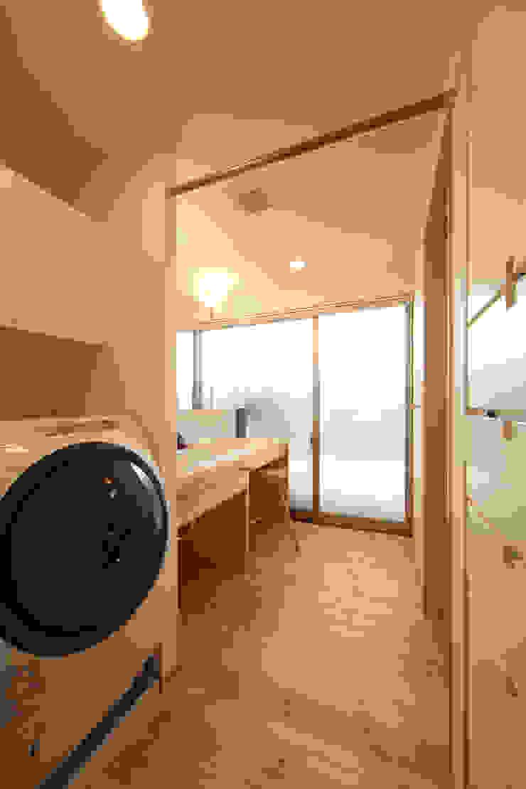 Asian style bathroom by 青木昌則建築研究所 Asian