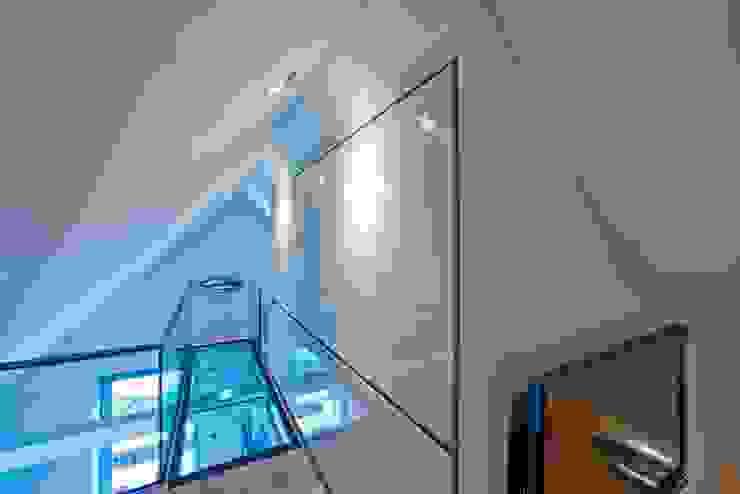 by Buys Glas Modern
