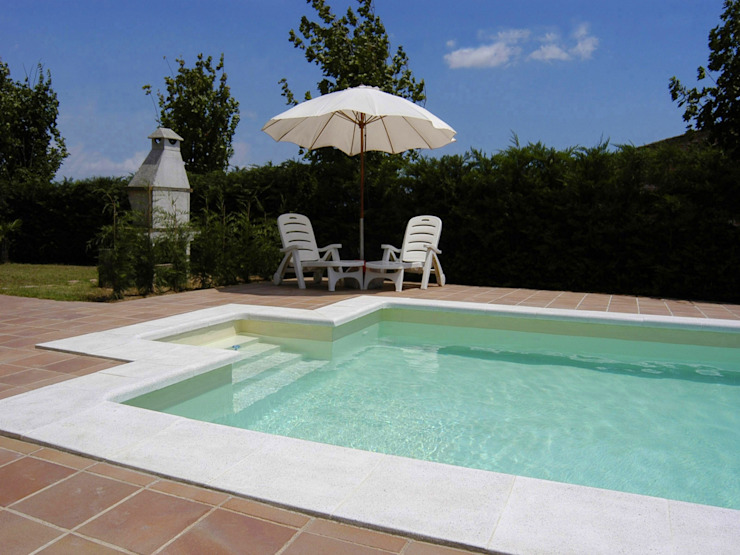 Piscinas color Arena RENOLIT ALKORPLAN2000 Piscinas de estilo mediterráneo de RENOLIT ALKORPLAN Mediterráneo