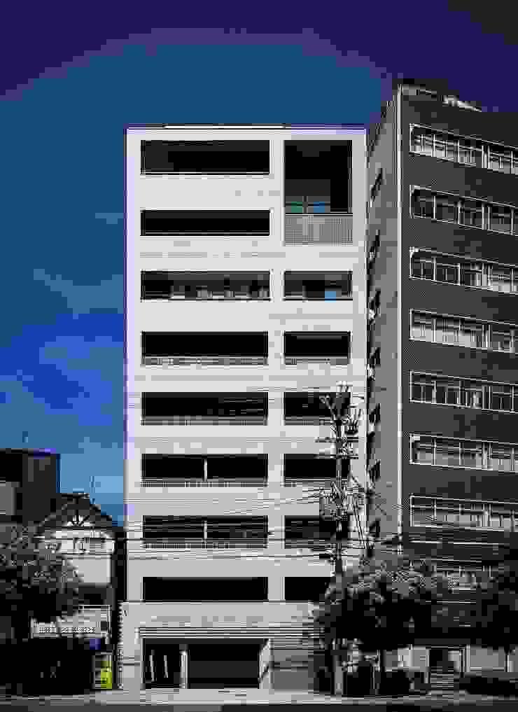 道路側外観 モダンな 家 の 松田靖弘建築設計室 モダン