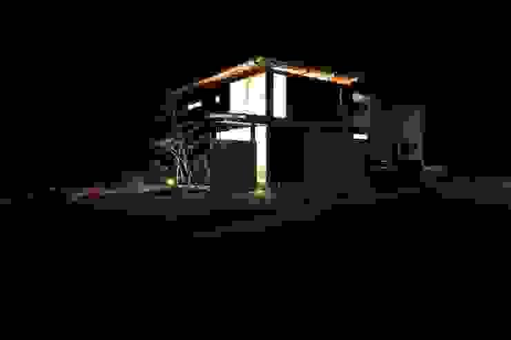 外観夜景 オリジナルな 家 の 設計島建築事務所 オリジナル