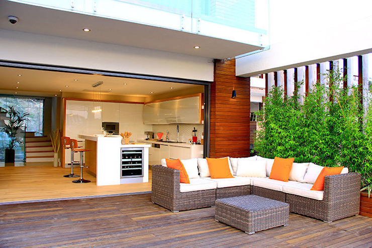 ZEN BODRUM ARTHUR&MILLER Modern Balkon, Veranda & Teras