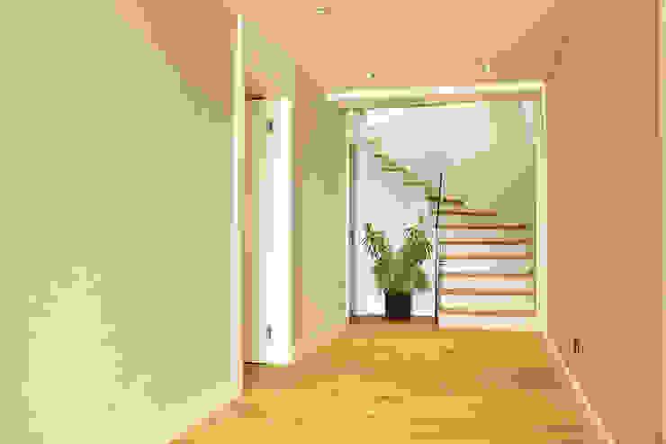 ZEN BODRUM Modern Koridor, Hol & Merdivenler ARTHUR&MILLER Modern