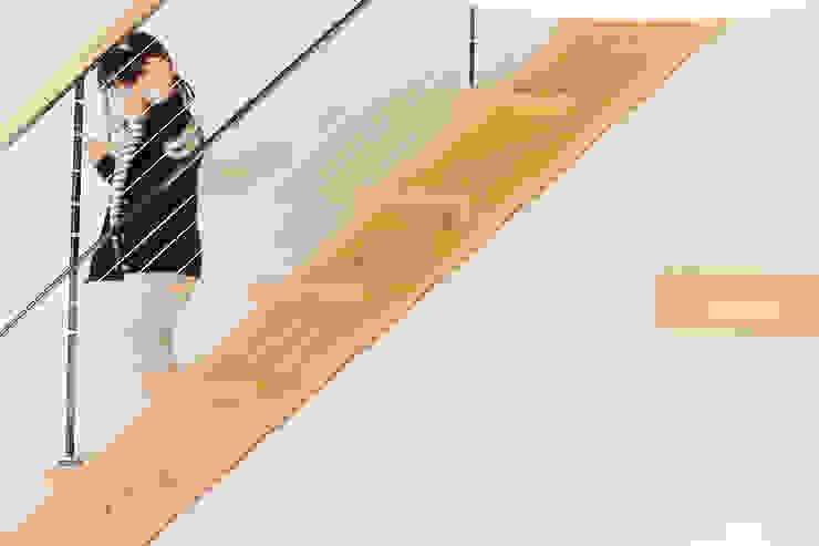 K邸 2012 モダンな キッチン の ELD INTERIOR PRODUCTS モダン