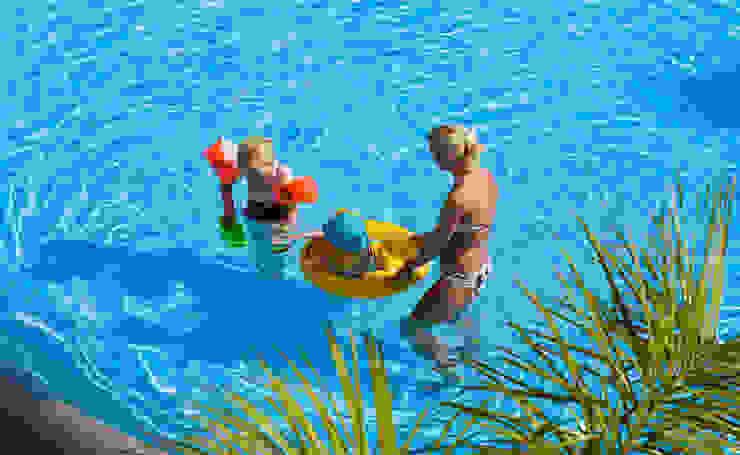 Piscina color Azul Adriático RENOLIT ALKORPLAN3000 Piscinas de estilo mediterráneo de RENOLIT ALKORPLAN Mediterráneo