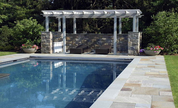 Piscina color gris oscuro RENOLIT ALKORPLAN2000 Piscinas de estilo mediterráneo de RENOLIT ALKORPLAN Mediterráneo