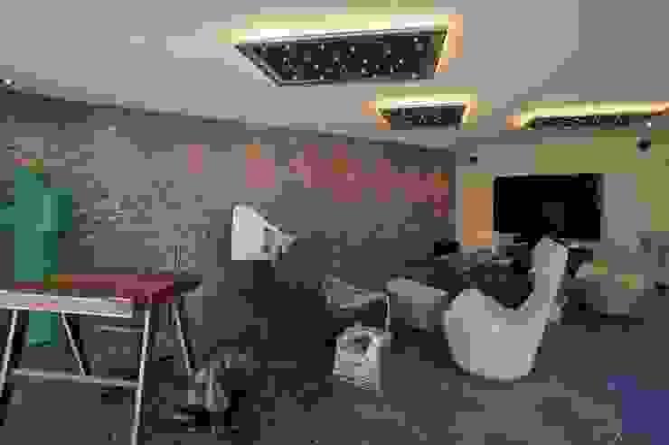 Phòng khách phong cách kinh điển bởi LEWISA home Kinh điển