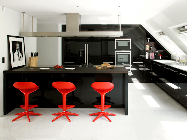 Bespoke Kitchen designed by Holloways of Ludlow Modern Mutfak Holloways of Ludlow Bespoke Kitchens & Cabinetry Modern