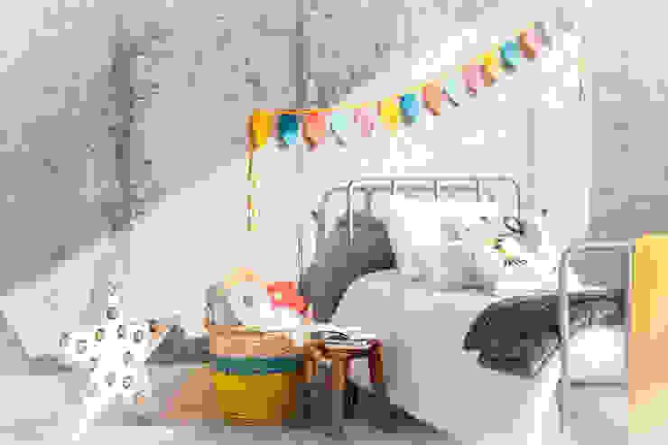 dormitorios infantiles originales Dormitorios infantiles de estilo rústico de BEL AND SOPH Rústico