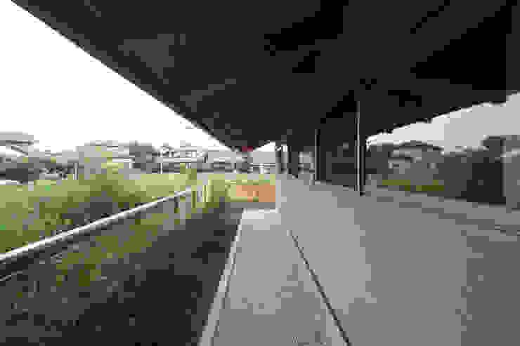 軒下空間 日本家屋・アジアの家 の 青木昌則建築研究所 和風