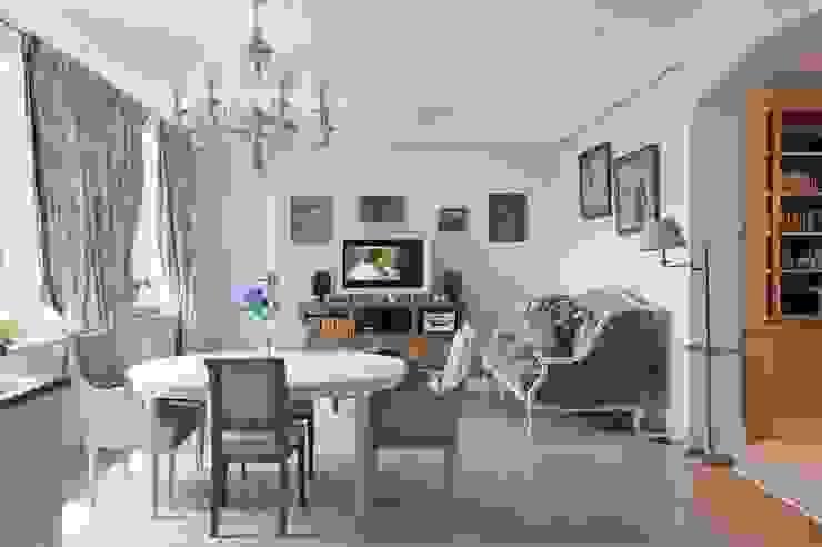 Светлая квартира Гостиная в скандинавском стиле от ANIMA Скандинавский