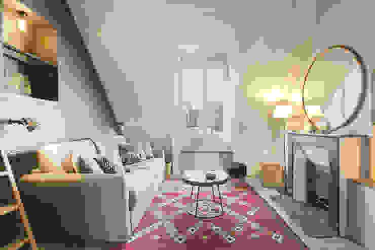 Ruang Keluarga by cristina velani