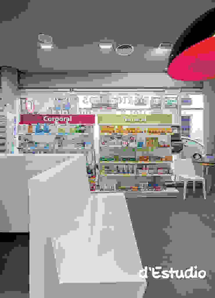 Farmacia Mayor Xirivella | Zona de Espera Espacios comerciales de estilo moderno de Destudio Arquitectura Moderno