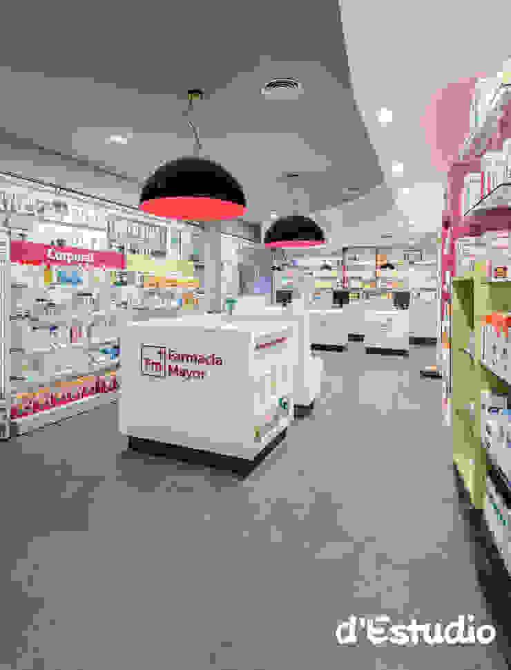 Farmacia Mayor Xirivella | Vista General Espacios comerciales de estilo moderno de Destudio Arquitectura Moderno