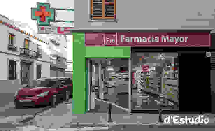 Farmacia Mayor Xirivella | Fachada y Diseño Gráfico Espacios comerciales de estilo moderno de Destudio Arquitectura Moderno