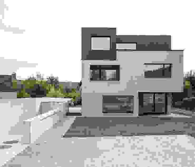 Дома в стиле модерн от Frei + Saarinen Architekten Модерн