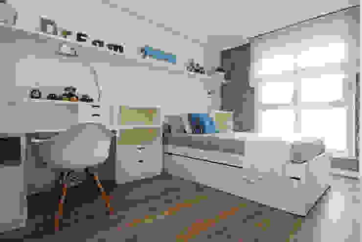 Sube Susaeta Interiorismo y Sube Contract diseño interior de casa con terraza Dormitorios infantiles de estilo clásico de Sube Susaeta Interiorismo Clásico